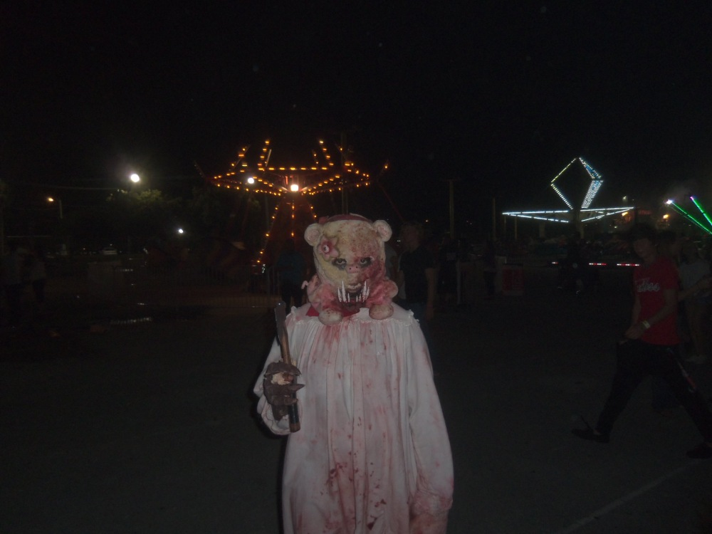 Enjoy a night of fear and fun at Fright Nights at the South Florida Fairgrounds (4/6)